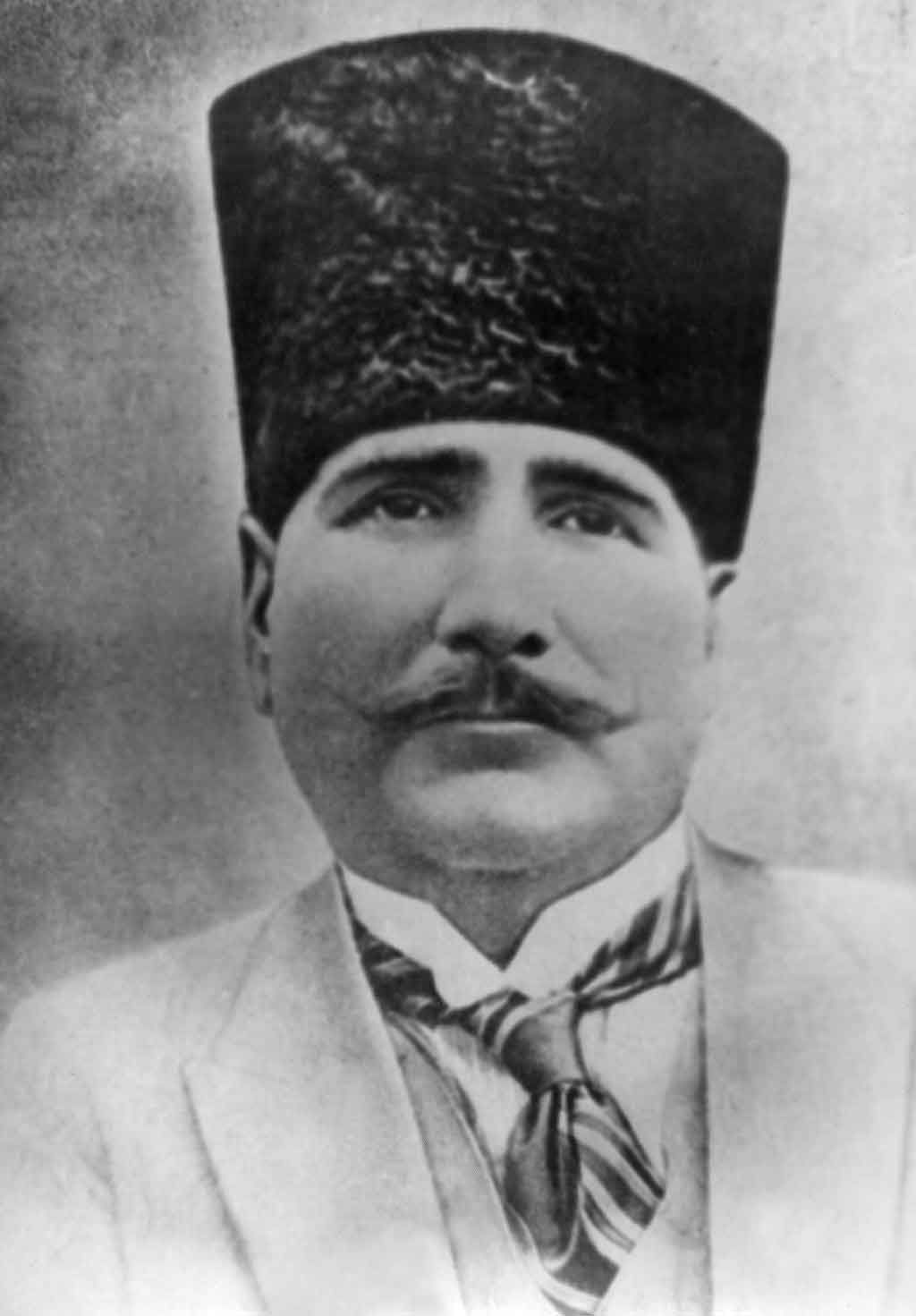 muhammad iqbal Sir muhammad iqbal: sir muhammad iqbal, poet and philosopher, known for his influential efforts to direct his fellow muslims in british-administered india toward the establishment of a separate muslim state, an aspiration that was eventually realized in the country of.